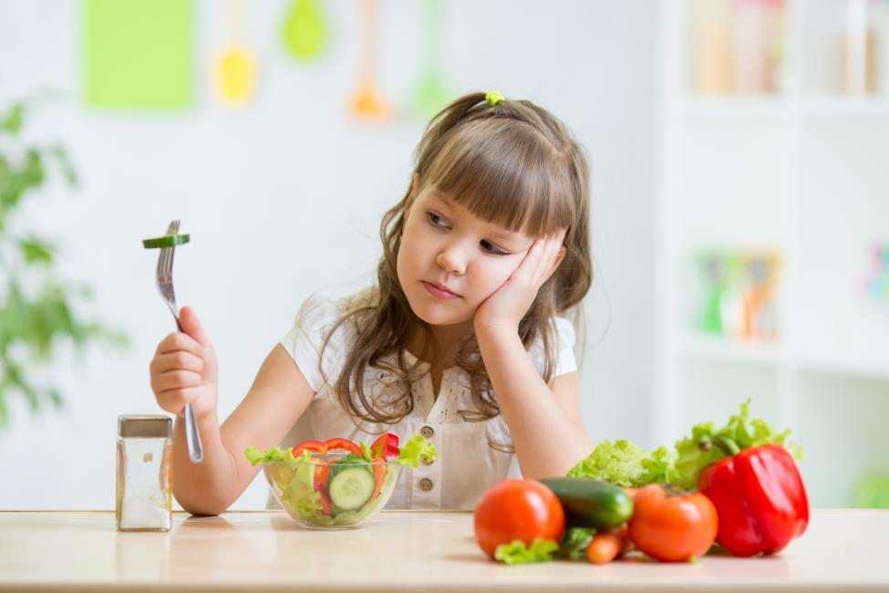 Image result for trẻ biếng ăn