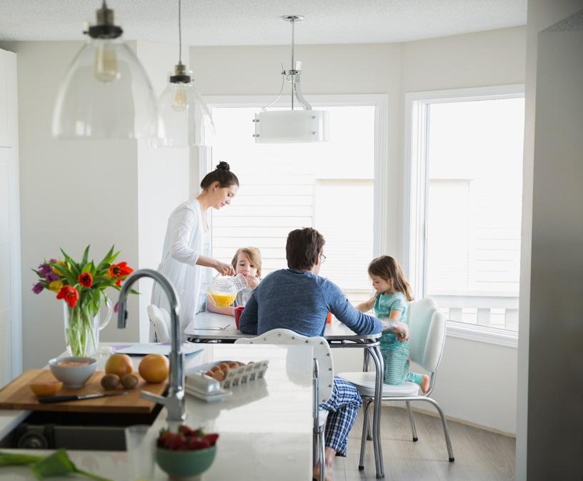 Cung cấp đủ chất dinh dưỡng cho trẻ trong bữa ăn