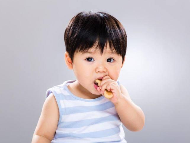dinh dưỡng cho trẻ tăng cân khỏe mạnh