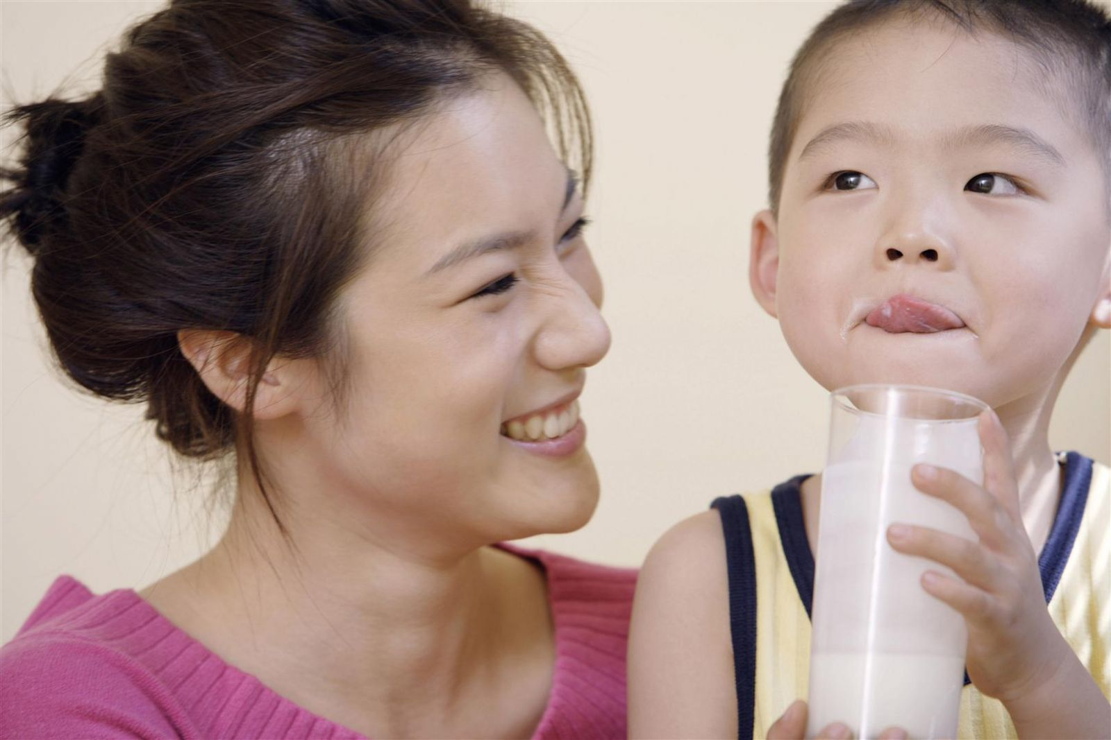 sữa tăng cân cho bé