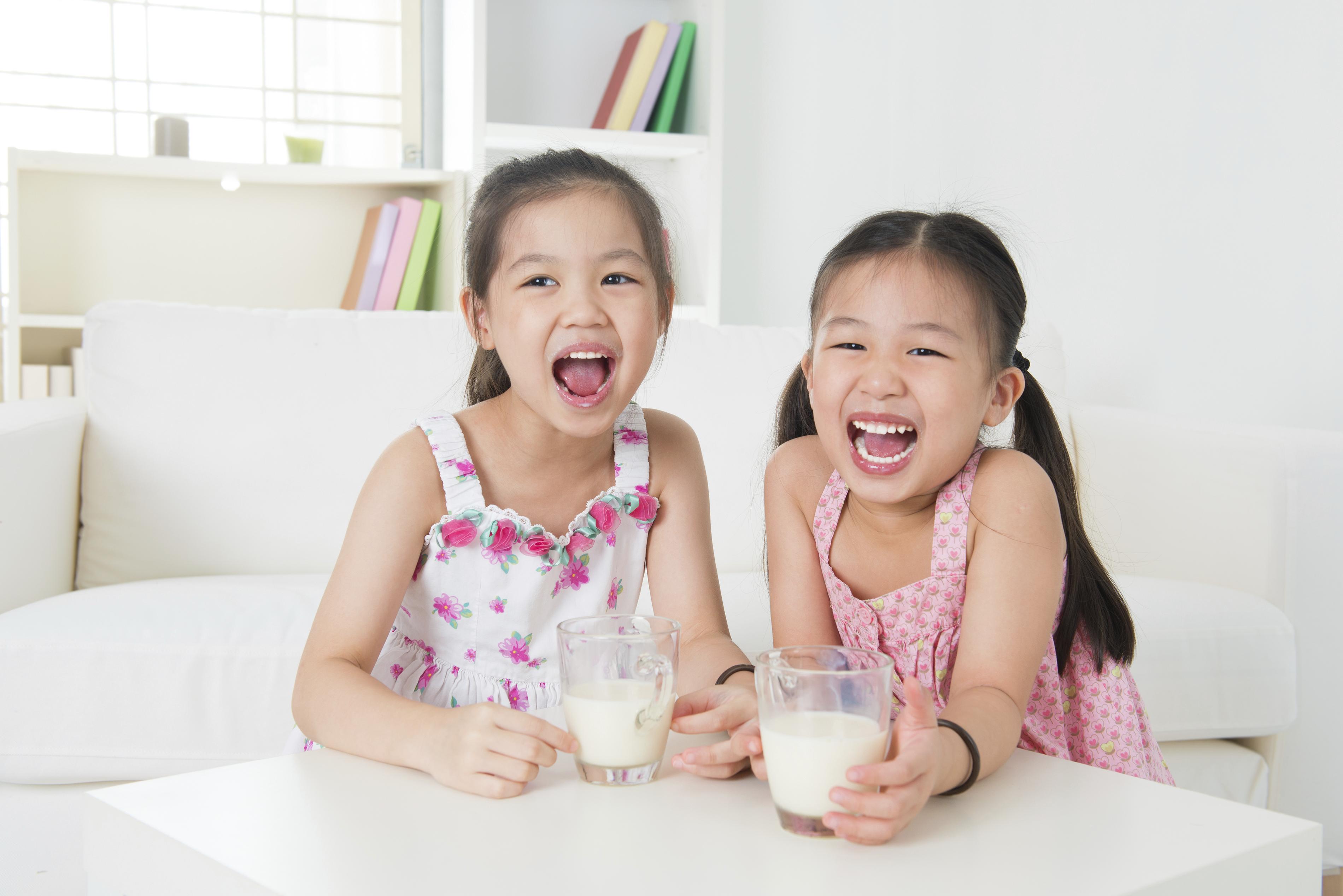 nên cho trẻ uống sữa gì để tăng cân
