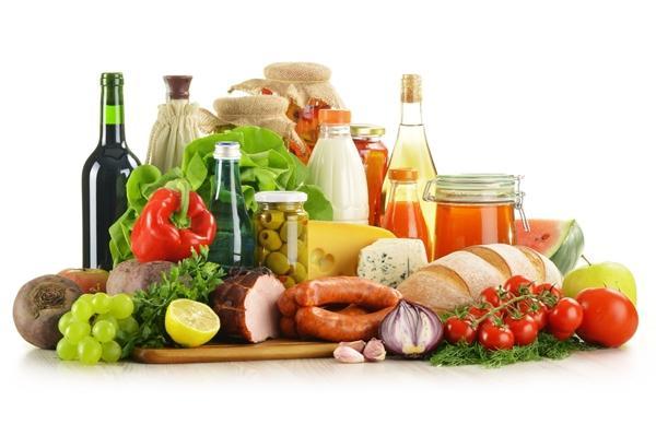 chế độ ăn uống khoa học cho bé