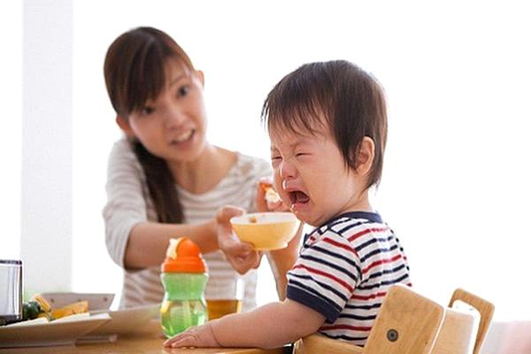 Trẻ biếng ăn là nguyên nhân gây suy dinh dưỡng hàng đầu