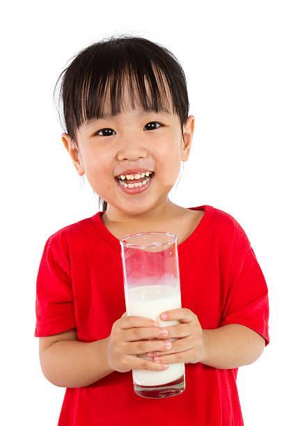 sữa cho trẻ tăng cân khỏe mạnh