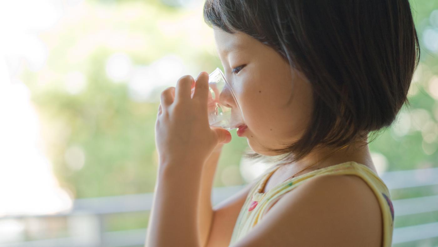 sữa tươi giúp trẻ tăng cân nhanh chóng