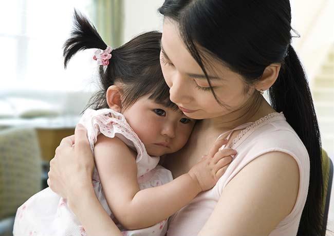 Bạn không nên mềm lòng khi dạy dỗ con cái