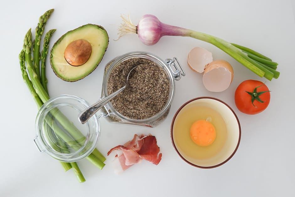 Cần bổ sung các thực phẩm giàu dinh dưỡng cho trẻ phát triển cân đối